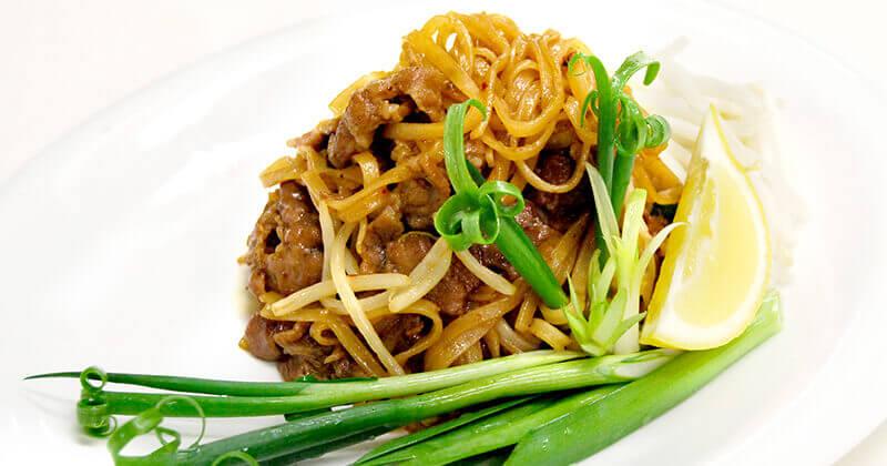 パット・ミー・コラート(コラートの炒め麺)ผัดหมี่โคราช