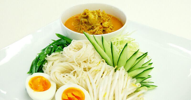 カノムチーン・ナムヤー・プー ขนมจีนน้ำยาปู