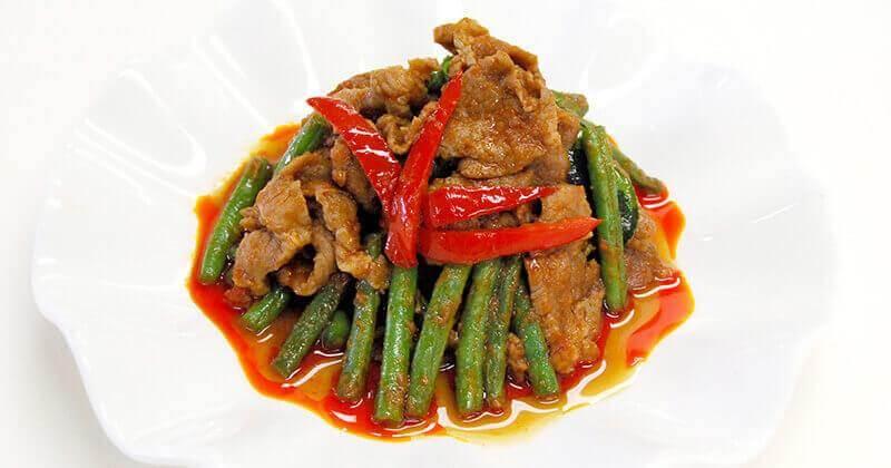 ムー・パット・プリックゲーン・トゥアケーク(豚肉とインゲンのカレーペースト炒め)หมูผัดพริกแกงถั่วแขก