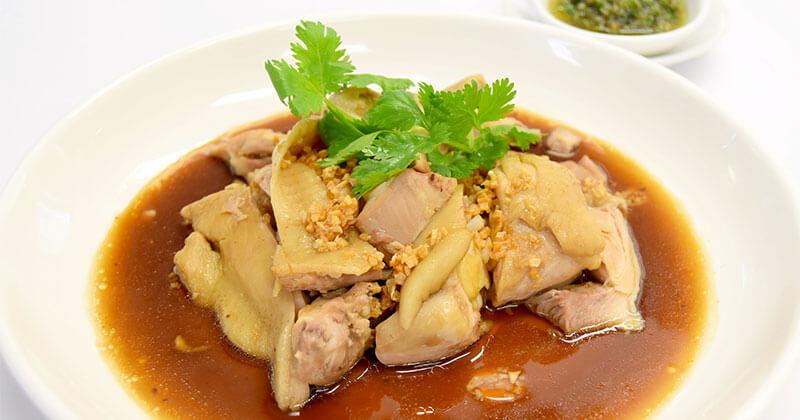 ガイ・ベートン(ベートンの茹で鶏料理)ไก่เบตง